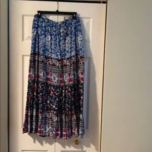 White stag skirt XL